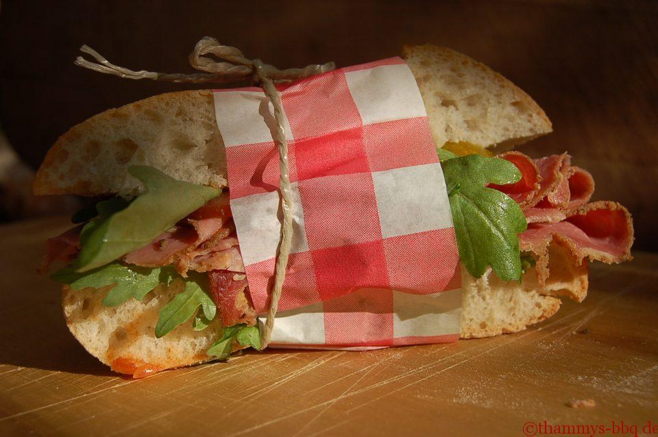Thammys Pastrami-Sandwich